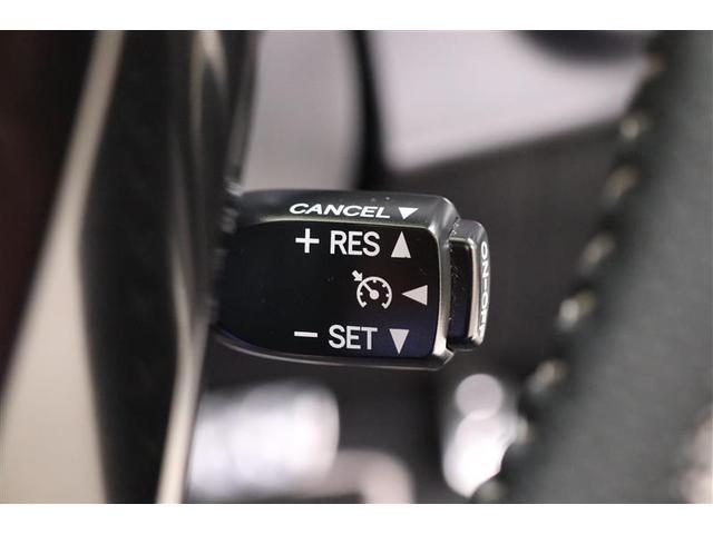 クルーズコントロールは希望の車速をセットすることにより定速走行が可能です。