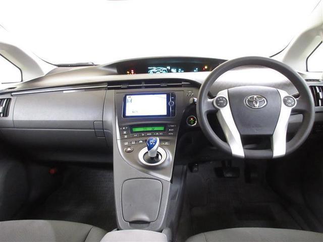 メーターはスッキリとしたデザインで、とても見やすく、安全運転のお役に立ちます