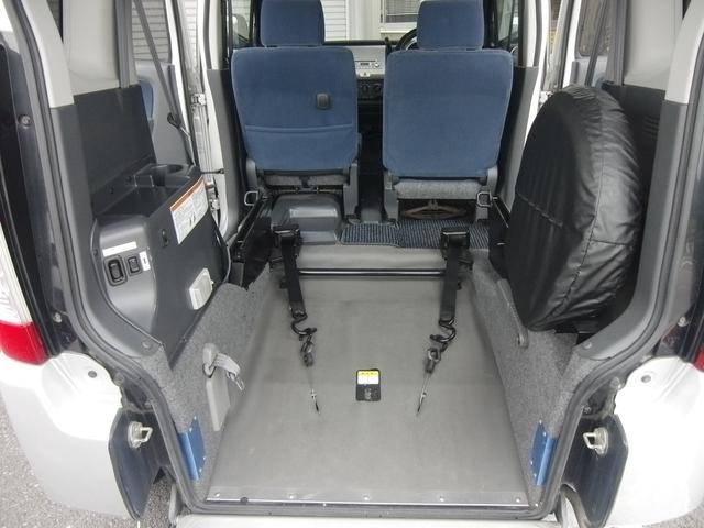 香川県高松市で中古車の軽自動車をお探しならカーショップダンディー!無料電話 0066−9701−0143 までお気軽にお問合せ下さい。保証・車検・整備・板金など各種サービスをご提供させて頂きます♪