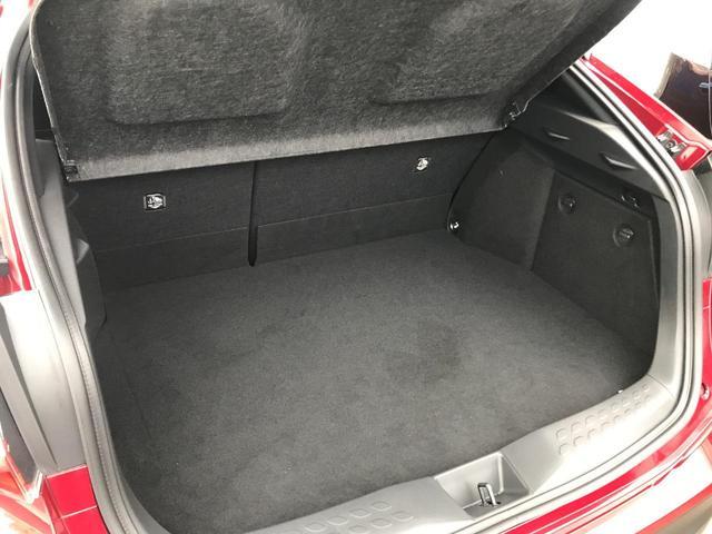 「トヨタ」「C-HR」「SUV・クロカン」「香川県」の中古車43