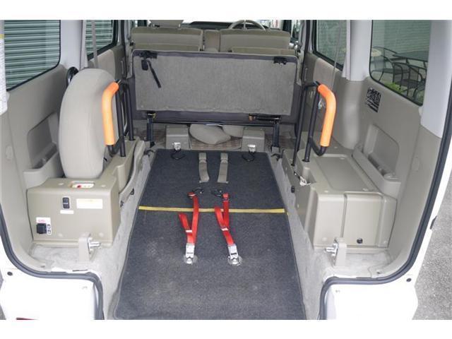 ダイハツ アトレーワゴン 車いす移動車リアシート付 福祉車両