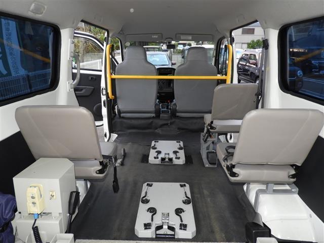 車いす移動車2基積 福祉車両 リアリフト(13枚目)