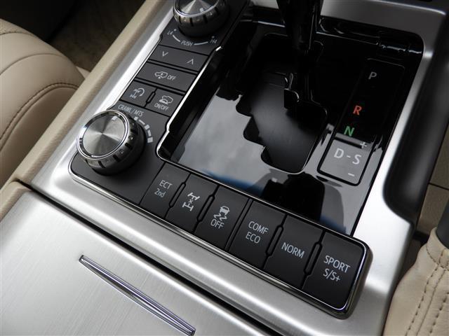 「トヨタ」「ランドクルーザー」「SUV・クロカン」「香川県」の中古車31