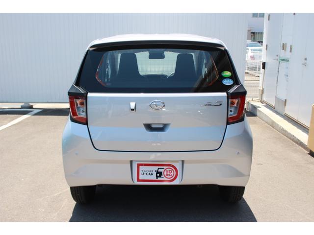 アイドリングストップが付いています。停車時に自動でエンジンをOFF!燃費にも環境にも優しいエコ機能です♪
