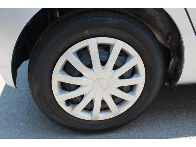 タイヤの溝もしっかりあってキレイですよ!