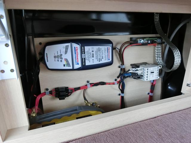 外部コンセント利用時サブバッテリー充電システム OP37800円