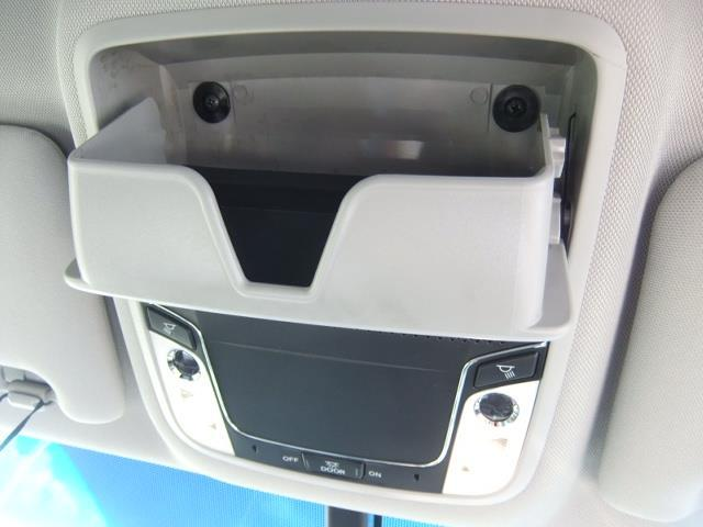 RS ワンセグ メモリーナビ DVD再生 バックカメラ ETC LEDヘッドランプ 乗車定員6人 3列シート アイドリングストップ(17枚目)