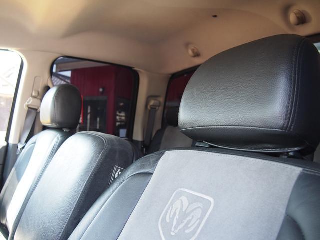 「ダッジ」「ラムバン」「SUV・クロカン」「香川県」の中古車25