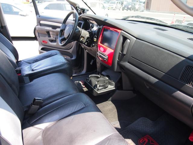 「ダッジ」「ラムバン」「SUV・クロカン」「香川県」の中古車37