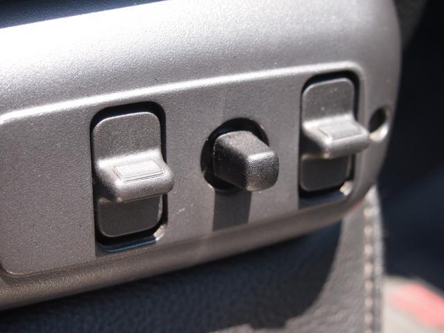 「ダッジ」「ラムバン」「SUV・クロカン」「香川県」の中古車43