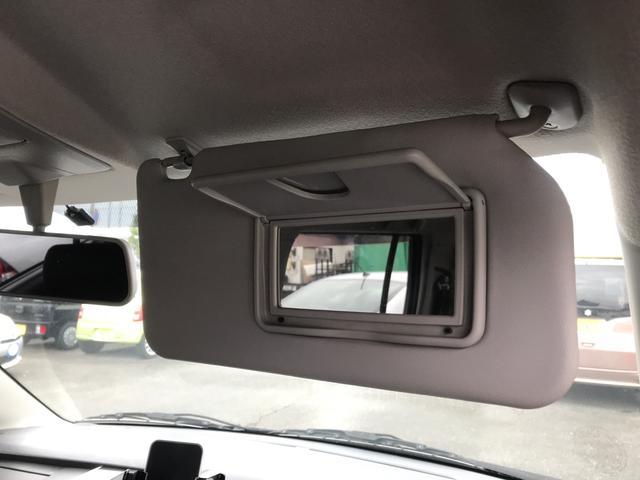 ETC搭載で高速道路もスイスイ♪バックカメラ付オーディオ HIDヘッドライト AW 4名乗り