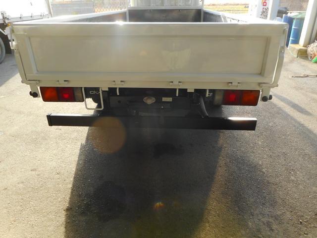 三菱ふそう キャンター 2t 平ボディ 標準ロング 全低床