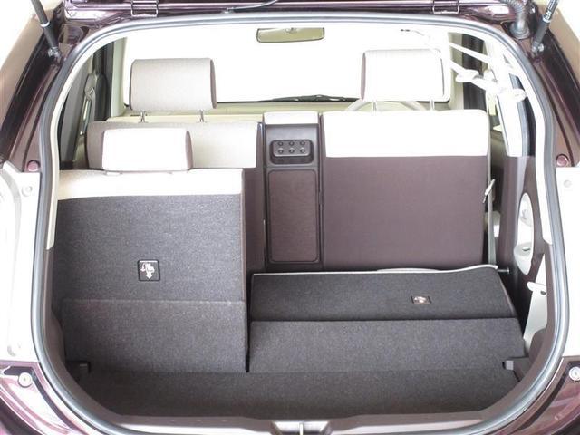 効率よく使えるラゲージスペース☆セカンドシートは分割で倒れるので積む荷物によって変えられます!