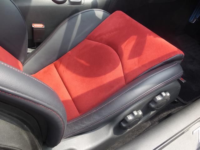 日産 フェアレディZ ニスモ 6MT レカロ製スポーツシート