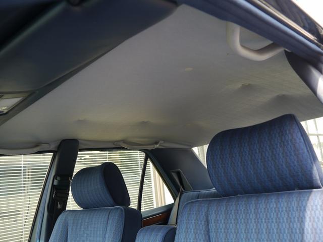 メルセデス・ベンツ M・ベンツ 300E ノーマル車 ボディ・ガラスコーティング済