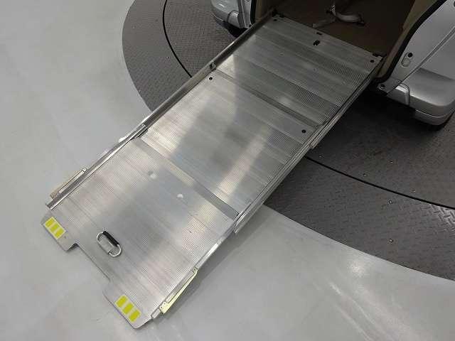 G・Lパッケージ CDプレーヤー 両側SD(16枚目)