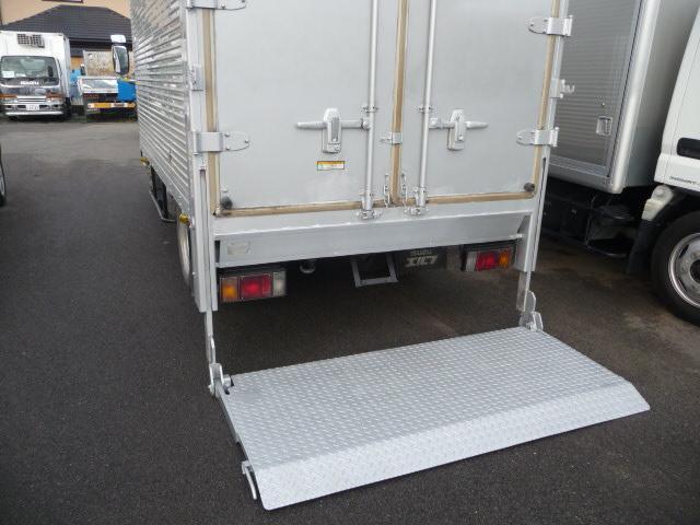 いすゞ エルフトラック 2.9トンドライバンパワーゲート