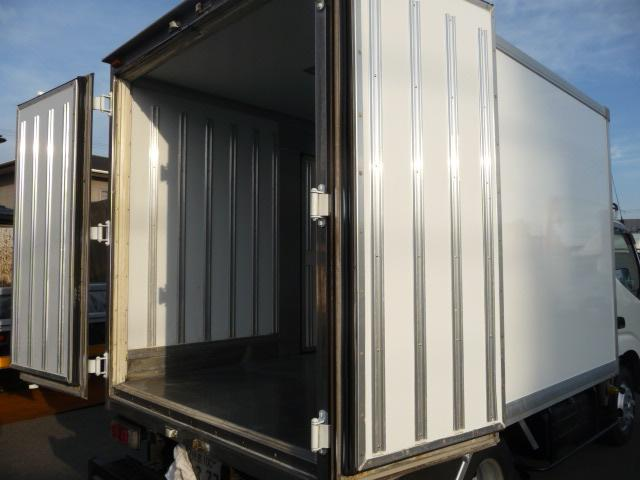 デユトロ2トン保冷車(8枚目)