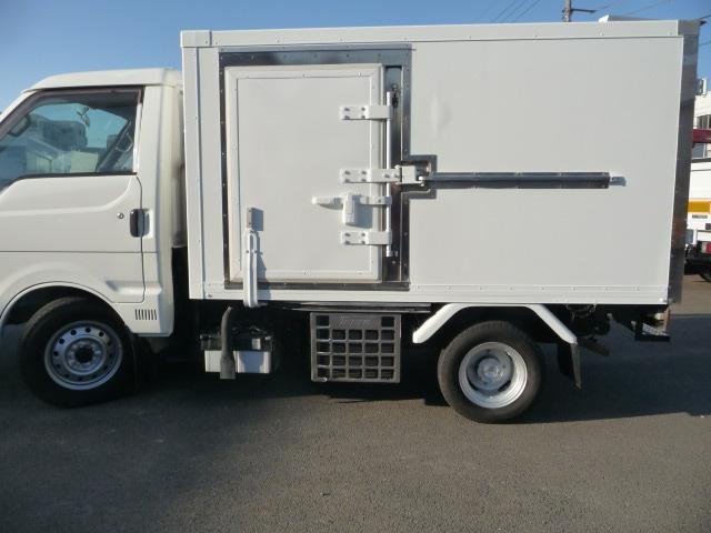 ボンゴ低温冷凍車デイーゼル800キロ(2枚目)