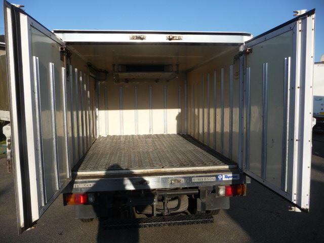 ボンゴ低温冷凍車デイーゼル800キロ(5枚目)
