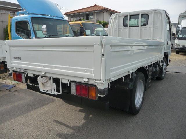 タイタン1.5トン4WD(3枚目)