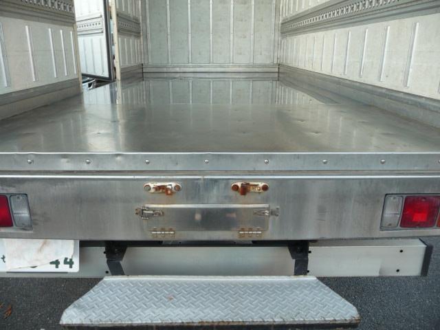 3トンロング保冷バン(4枚目)