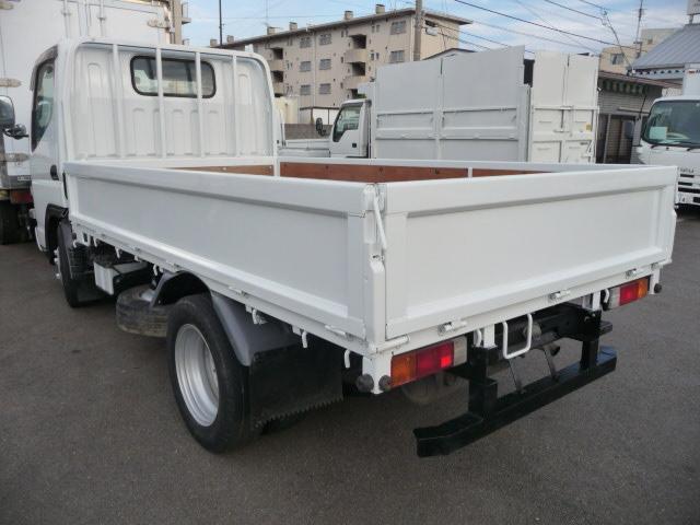 キヤンター2トン低床4WD(2枚目)