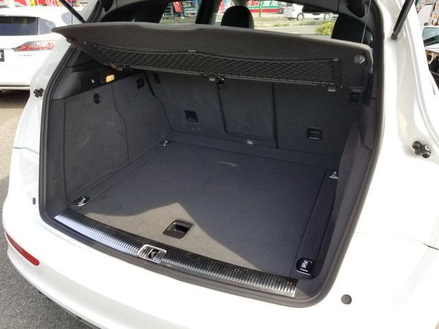 「アウディ」「アウディ Q5」「SUV・クロカン」「愛媛県」の中古車16