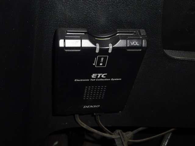 RSZ HDDナビパッケージ ナビ HIDヘッドライト ET(3枚目)