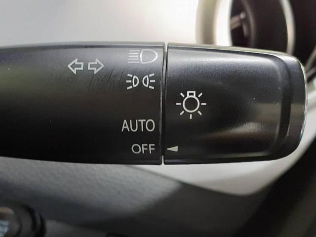 G 社外 7インチ メモリーナビ/ETC 衝突被害軽減システム DVD再生 HIDヘッドライト Bluetooth アイドリングストップ シートヒーター オートライト(14枚目)