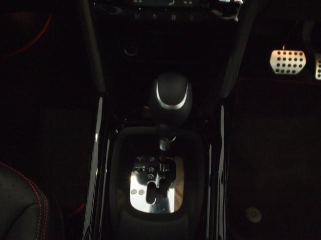 「プジョー」「プジョー 2008」「SUV・クロカン」「愛媛県」の中古車11