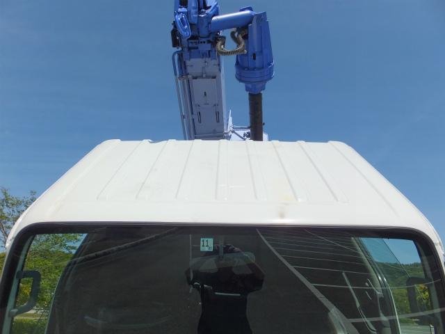 いすゞ エルフトラック 穴掘建柱車