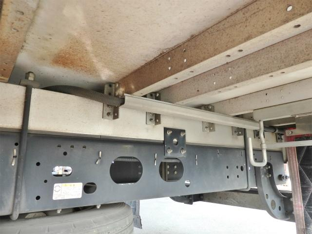 いすゞ フォワード 5.6t 増トンワイド アルミウイング
