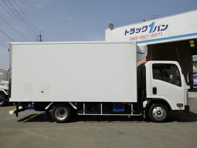 2t ワイドロング 冷蔵・冷凍車(4枚目)