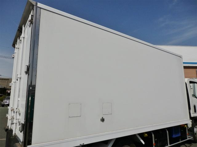 2t ワイドロング 冷蔵・冷凍車(12枚目)