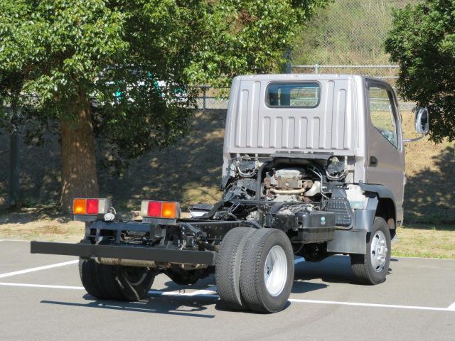 三菱ふそう キャンター 4WD 高床シャーシ車