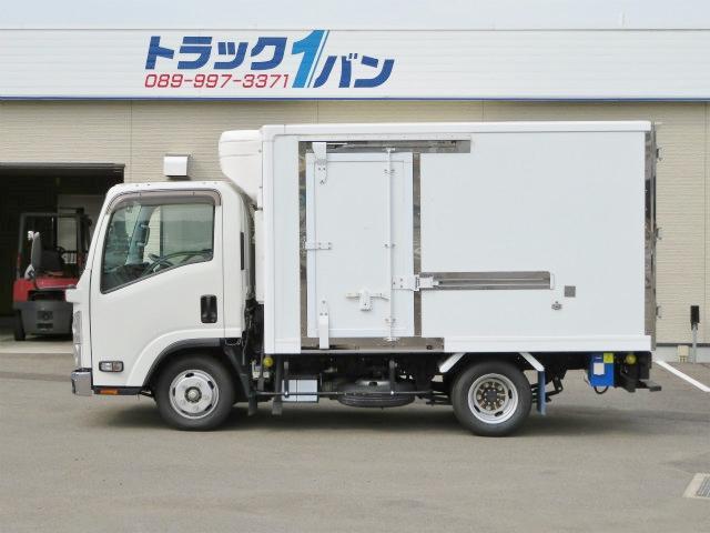 2t 全低床 冷蔵冷凍車(3枚目)