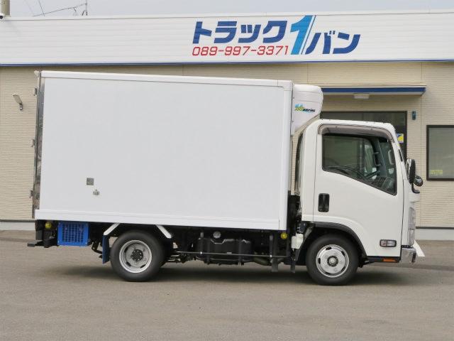 2t 全低床 冷蔵冷凍車(4枚目)