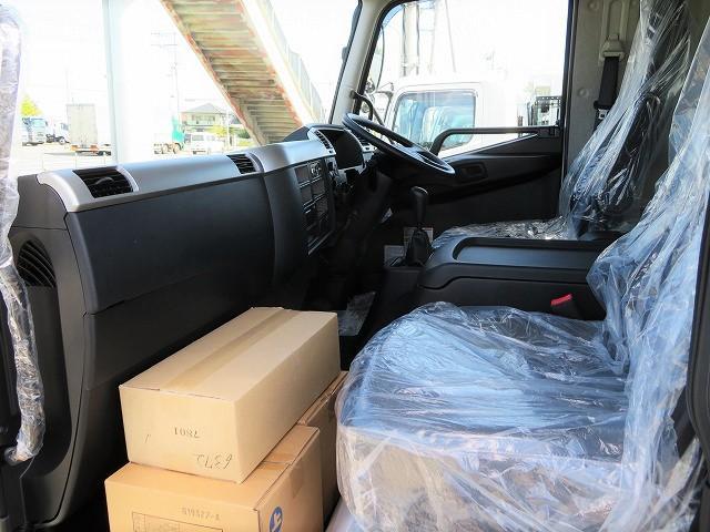 7t 増トン 飼料運搬車(9枚目)