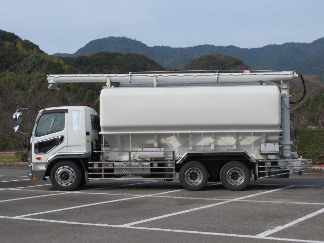10.91t 増トンワイド 飼料運搬車 低床2デフ(3枚目)