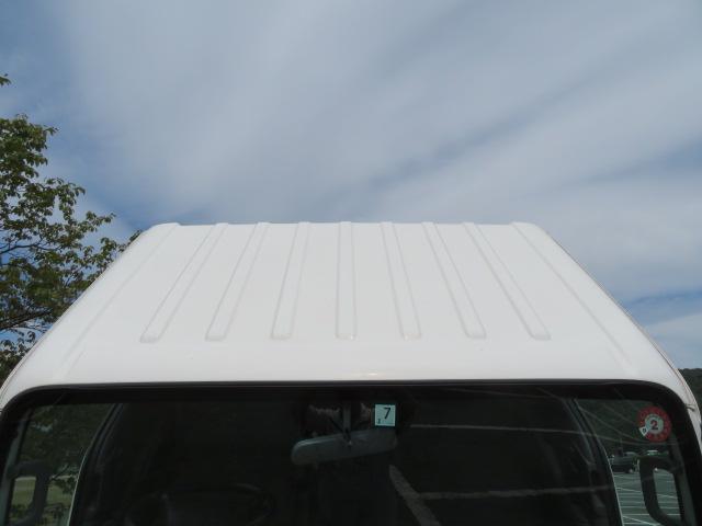 2t 11尺 荷台3段クレーン(6枚目)