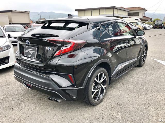 「トヨタ」「C-HR」「SUV・クロカン」「愛媛県」の中古車15