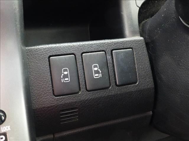 トヨタ ヴォクシー ZS 煌2 8人 純正HDDナビ・両側パワースライドドア
