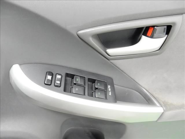 「トヨタ」「プリウス」「セダン」「愛媛県」の中古車17