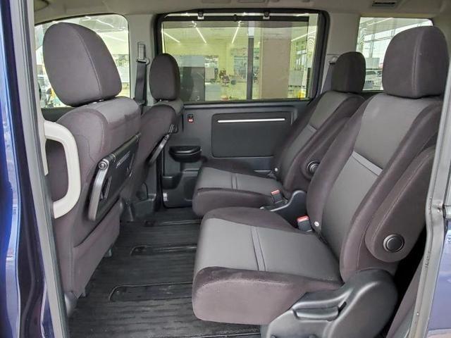 スパーダ・ホンダセンシング 純正 9インチ メモリーナビ/フリップダウンモニター/ヘッドランプ HID/ETC/EBD付ABS/横滑り防止装置/アイドリングストップ/TV/エアバッグ 運転席/エアバッグ 助手席(6枚目)