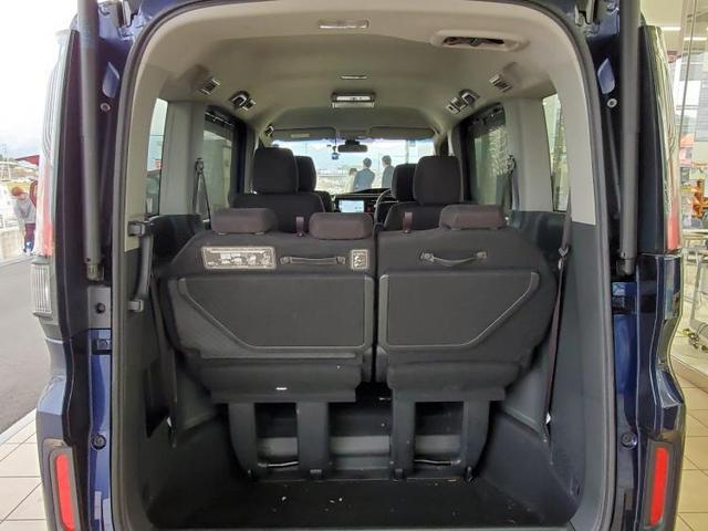 スパーダ・ホンダセンシング 純正 9インチ メモリーナビ/フリップダウンモニター/ヘッドランプ HID/ETC/EBD付ABS/横滑り防止装置/アイドリングストップ/TV/エアバッグ 運転席/エアバッグ 助手席(8枚目)