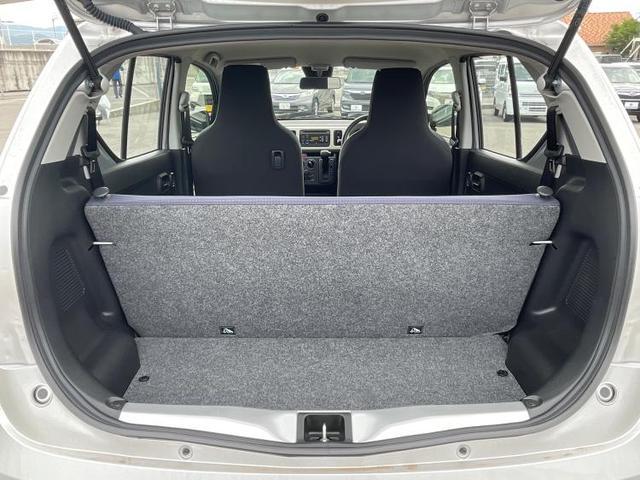 L EBD付ABS/横滑り防止装置/アイドリングストップ/エアバッグ 運転席/エアバッグ 助手席/パワーウインドウ/キーレスエントリー/シートヒーター 前席/パワーステアリング/FF/マニュアルエアコン(8枚目)