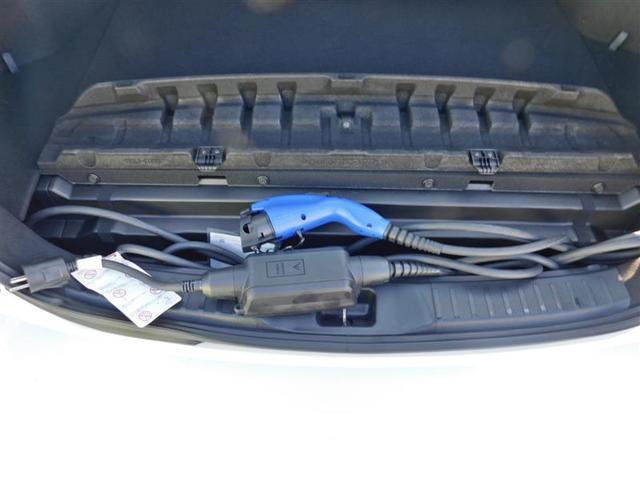 S GRスポーツ フルセグ DVD再生 バックカメラ 衝突被害軽減システム ETC ドラレコ LEDヘッドランプ(8枚目)