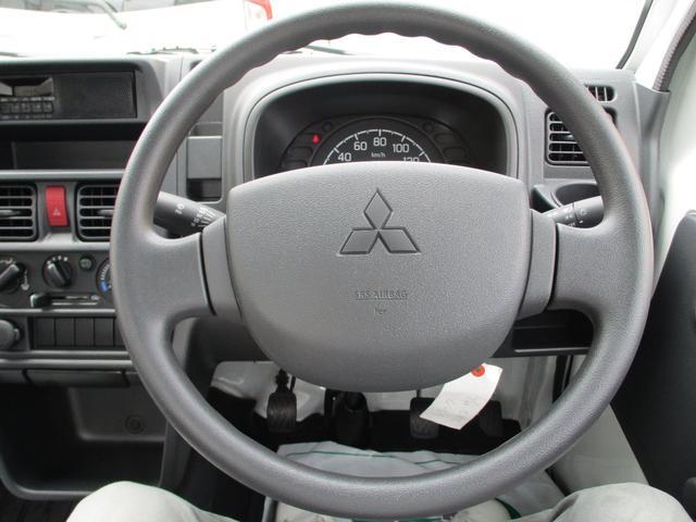 M 届出済未使用車 2WD 5速MT エアコン パワステ Wエアバック ABSブレ-キ AM/FMラジオ(時計付)(19枚目)