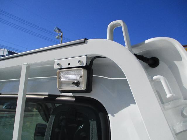 みのり 届出済未使用車 4WD 5速MT エアコン パワステ Wエアバック ABSブレ-キ AM/FMラジオ(時計付)  Hi/Lo切替 デフロック バックブザ- 作業灯 プロテクター テールゲートチェーン(11枚目)
